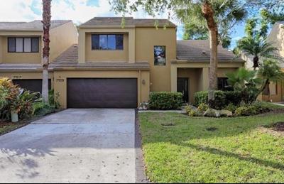 Boca Raton Townhouse For Sale: 759 Saint Albans Drive