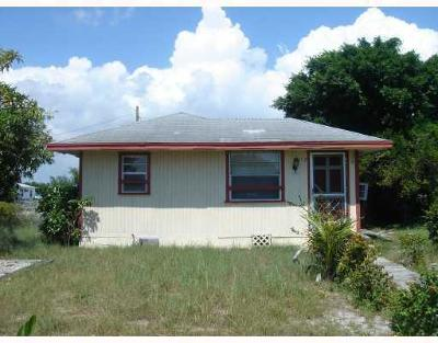 Lake Worth Single Family Home For Sale: 1512 S K Lane