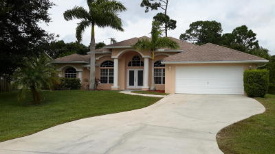 Port Saint Lucie Single Family Home For Sale: 1902 SW Lennox Street