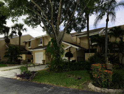 Boca Raton FL Rental For Rent: $2,395