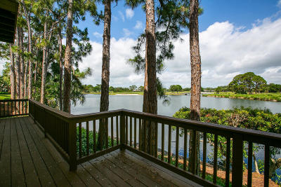 Vero Beach Single Family Home For Sale: 614 Bridgewater Lane SW