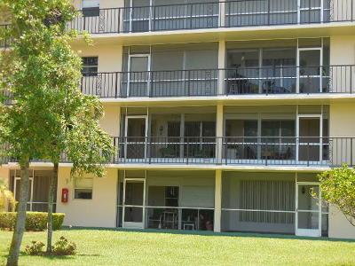 Deerfield Beach Condo For Sale: 804 SE 7th Street #202 D