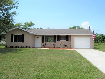 Vero Beach Single Family Home For Sale: 1925 23rd Street SW