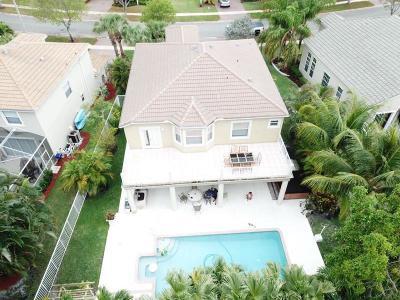 Single Family Home For Sale: 8996 Alexandra Circle