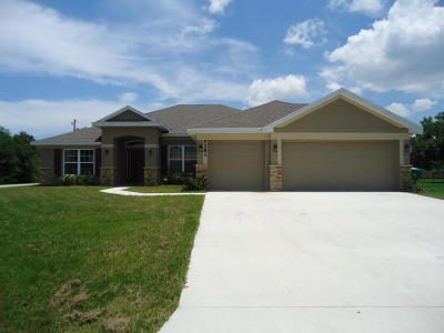 Port Saint Lucie Single Family Home For Sale: 5281 NW West Lovett Circle