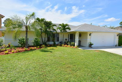 Port Saint Lucie Single Family Home For Sale: 452 SE Volkerts Terrace