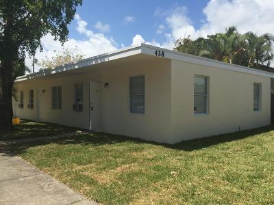 West Palm Beach Multi Family Home For Sale: 428 Roseland Drive #1