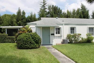 Palm Beach Gardens Condo For Sale: 3177 Meridian Way S #1