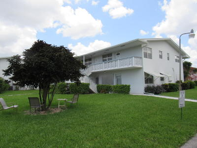 West Palm Beach Condo For Sale: 348 Norwich O