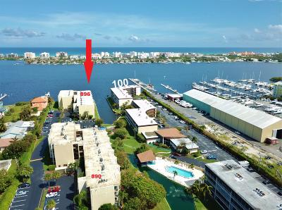 Lantana Condo Contingent: 896 Federal Highway #431