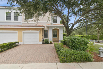 Delray Beach Townhouse For Sale: 185 W Astor Circle