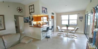 West Palm Beach FL Single Family Home For Sale: $325,000