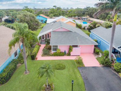 Jensen Beach Single Family Home For Sale: 3297 NE Catamaran Terrace