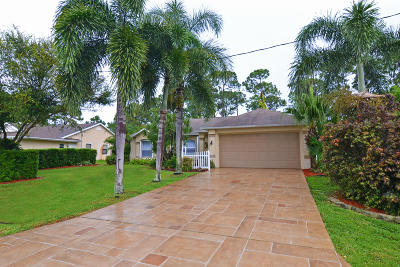 Port Saint Lucie Single Family Home For Sale: 272 SE Ray Avenue