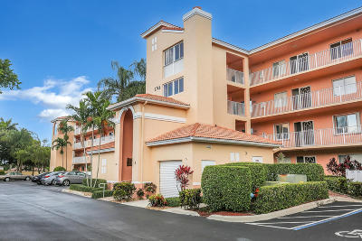 Boynton Beach Condo For Sale: 5746 Crystal Shores Drive #301
