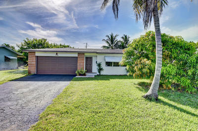Boynton Beach Single Family Home For Sale: 2588 SW 11th Court