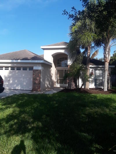 Jensen Beach Single Family Home For Sale: 864 NW Waterlily Place