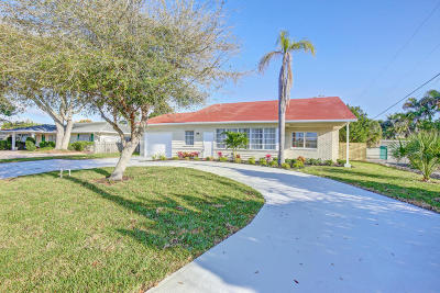West Palm Beach Single Family Home For Sale: 125 Alhambra Place