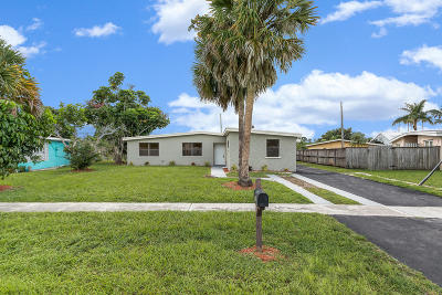 Royal Palm Beach Single Family Home For Sale: 903 Hibiscus Drive
