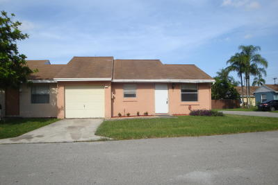 Lake Worth Single Family Home For Sale: 5698 Waltham Way