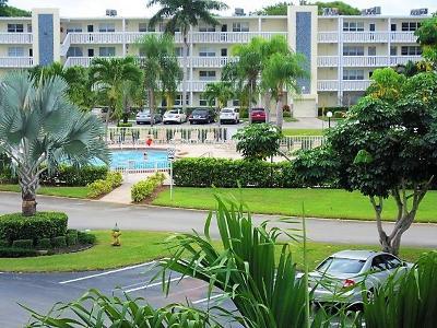 Deerfield Beach FL Condo Contingent: $114,900