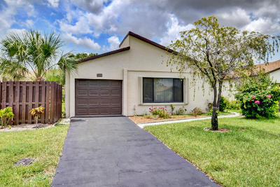 Boynton Beach Single Family Home For Sale: 5350 Mirror Lakes Boulevard