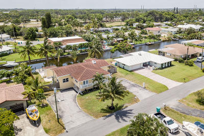 Boynton Beach Single Family Home For Sale: 3319 Canal Drive