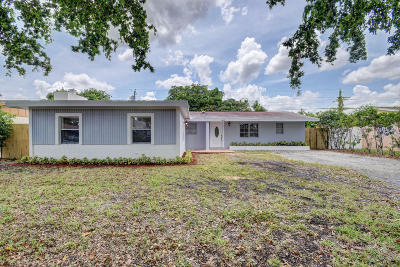 West Palm Beach Single Family Home For Sale: 401 Superior Place
