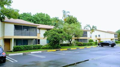 Pompano Beach Condo For Sale: 612 Gardens Drive #102