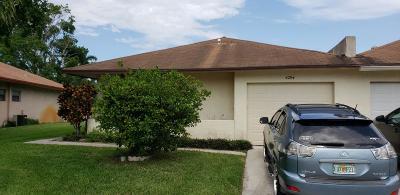 West Palm Beach Townhouse For Sale: 4764 Paulie Court #63-B