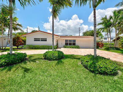 North Palm Beach Single Family Home For Sale: 773 Dory Road