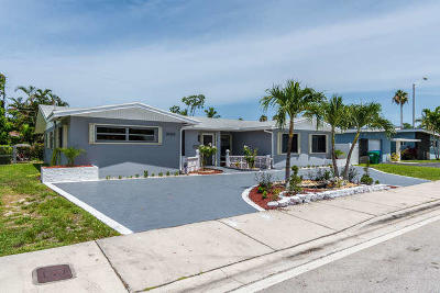 Miami Single Family Home For Sale: 20325 Highland Lakes Boulevard