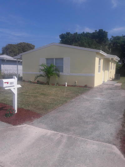West Palm Beach FL Single Family Home For Sale: $155,000
