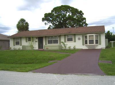Port Saint Lucie Single Family Home For Sale: 1065 SW Janette Avenue