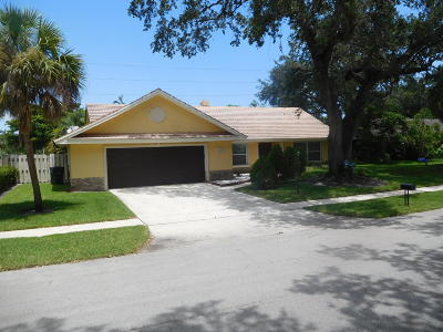 Boca Raton Single Family Home For Sale: 1501 W Royal Palm Road