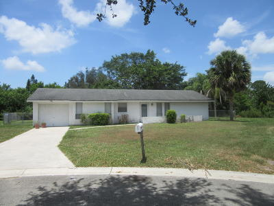 Port Saint Lucie Single Family Home For Sale: 1501 SE Hearne Court