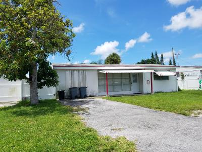 West Palm Beach FL Single Family Home For Sale: $169,900