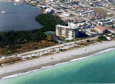 Fort Pierce Condo For Sale: 801 S Ocean Drive #704