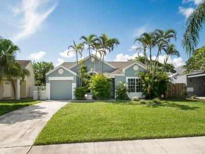 Boca Raton FL Single Family Home For Sale: $320,000