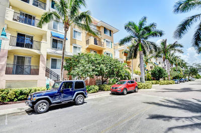 Delray Beach Condo For Sale: 250 NE 3rd Avenue #1419