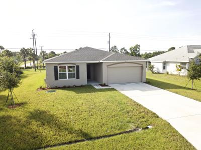 Port Saint Lucie Single Family Home For Sale: 559 SE Nome Drive