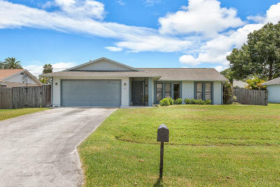 Port Saint Lucie Single Family Home For Sale: 1201 SW Heather Street