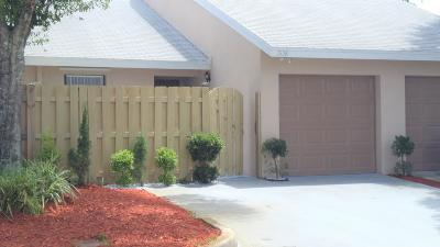 West Palm Beach FL Single Family Home For Sale: $176,000