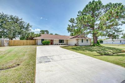 Port Saint Lucie Single Family Home For Sale: 580 SW Prado Avenue