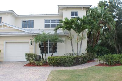 Fort Pierce Townhouse For Sale: 3928 Sabal Way