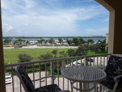 Fort Pierce Condo For Sale: 37 Harbour Isle Drive E #Ph02