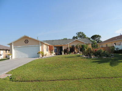 Port Saint Lucie Single Family Home For Sale: 3208 SE Quay Street
