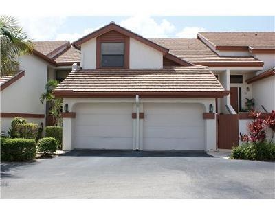 Wellington Condo For Sale: 12692 Shoreline Drive #3g