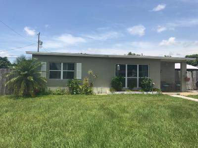 Port Saint Lucie Single Family Home For Sale: 401 SE Solaz Avenue