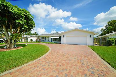 Boynton Beach Single Family Home For Sale: 909 SW 27th Place